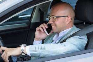 DuPage County car accident lawyer, distracted driving, cell phone use, car accident, car accident claims